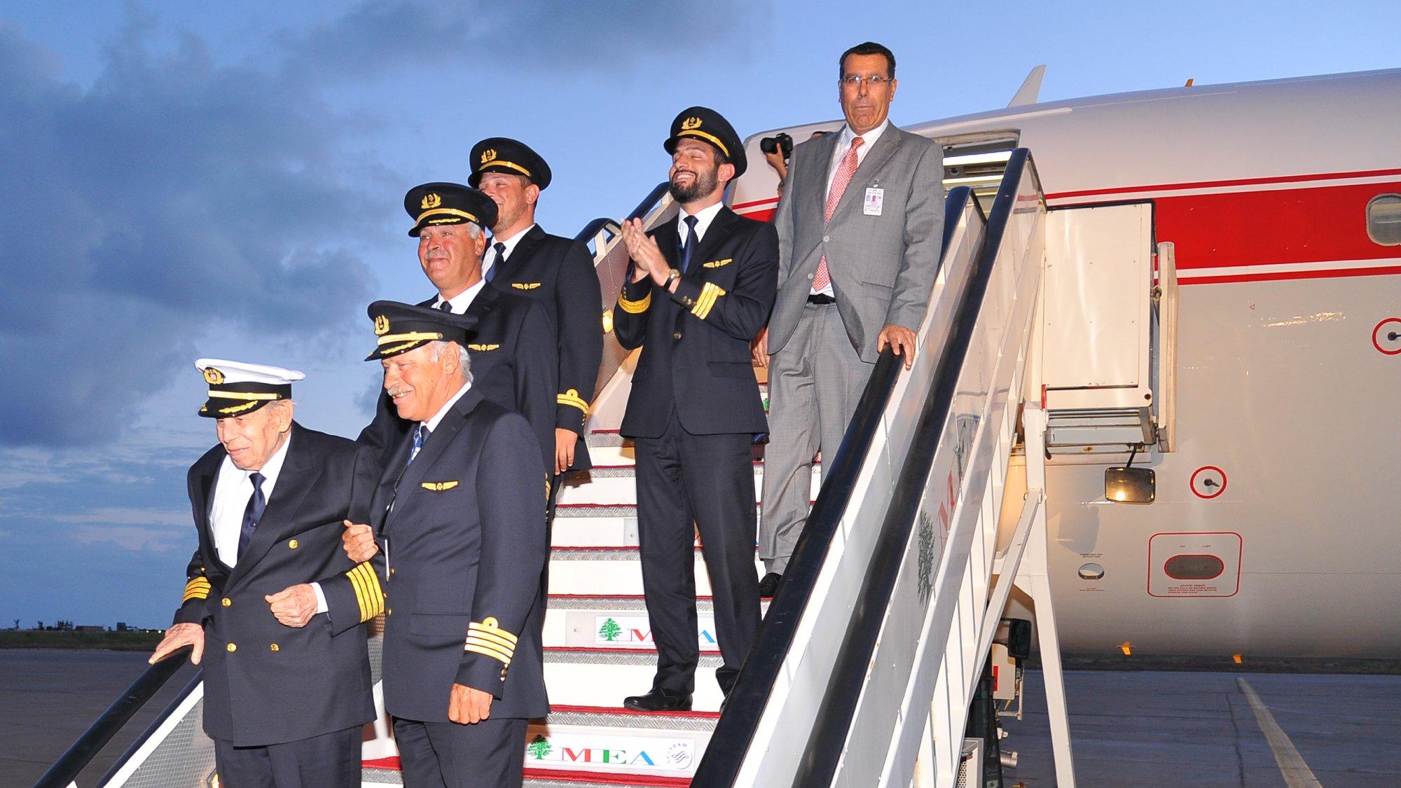 """شركة طيران الشرق الأوسط نعت أحد كبار قدامى موظفيها وأول قائد طائرة مدني لبناني """"سعد الدين أحمد دبوس"""""""