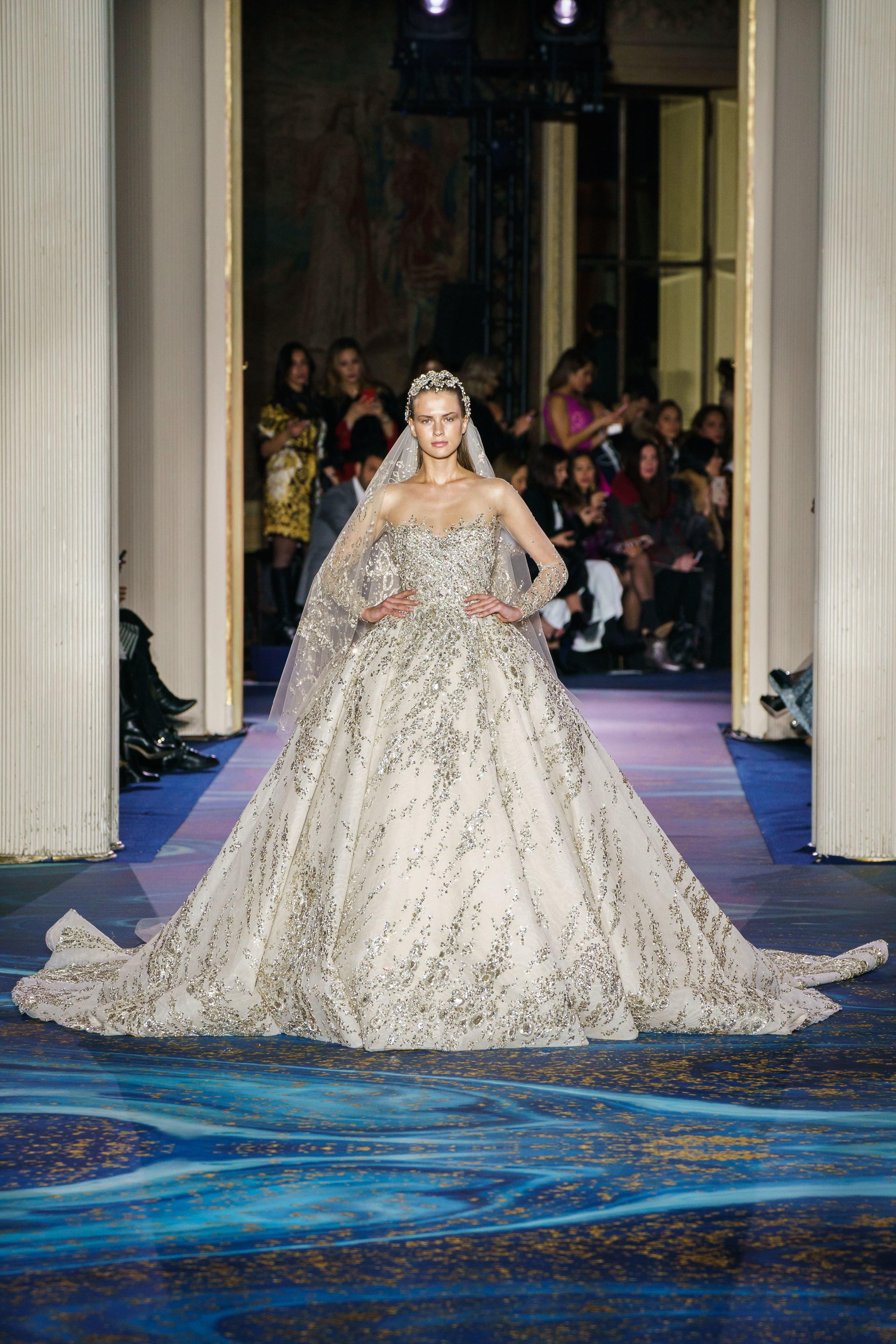 db1c767767b03 فساتين الزفاف اللبنانية لربيع 2019 من أسبوع الموضة الباريسي ...