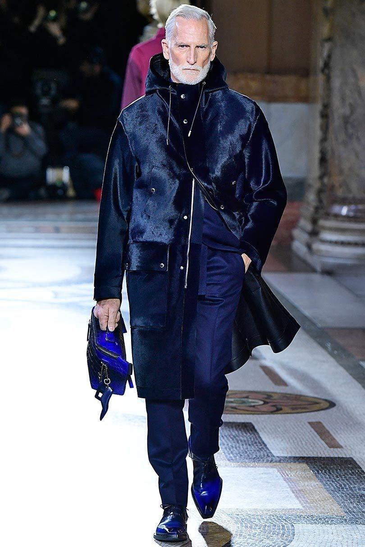 afe46a4d2 صيحات الموضة لشتاء 2019 للرجال في أسبوع الموضة الباريسي - Lebanon News
