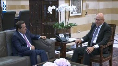 PM Salam holds talks with...