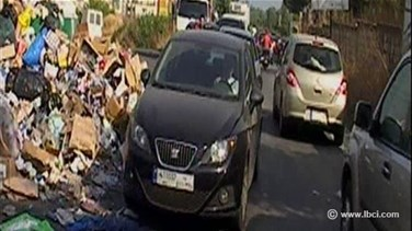 REPORT: Piles of trash disrupt traffic flow as waste crisis remains unresolved