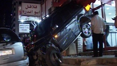 A car hits a number of vehicles, careens into a restaurant in Jounieh