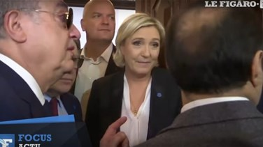 Lebanon News - [VIDEO] French far-right's Le Pen refuses to wear headscarf to meet Grand Mufti