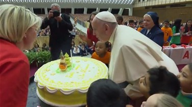 Lebanon News - Pope celebrates birthday a day early with sick children