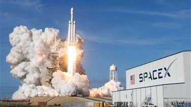 Lebanon News - Weather postpones SpaceX's first astronaut launch from Florida