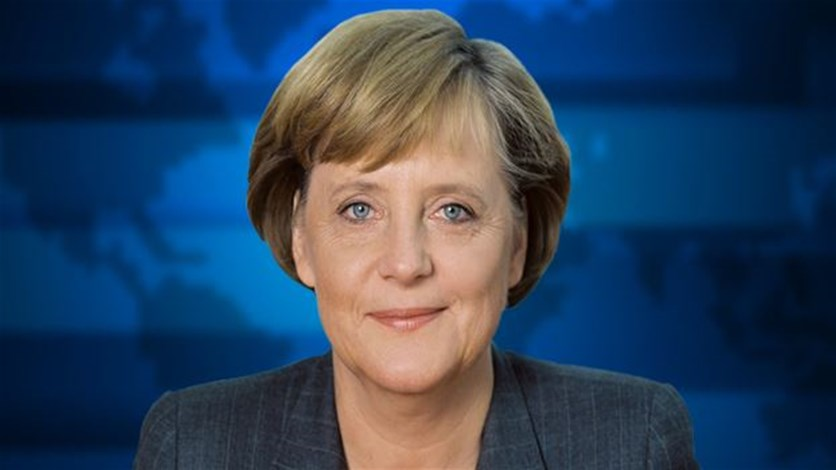 Merkel presses Russia to engage on peace plan with Ukraine