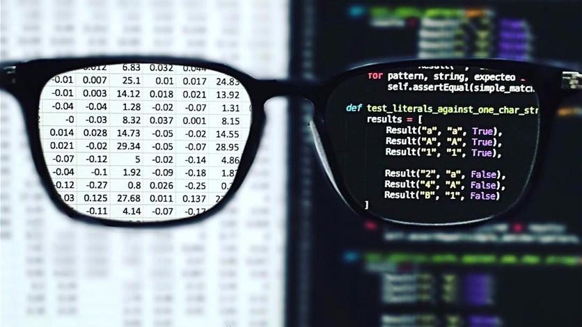 e26ad9ad8 نظّارات صحيّة لحماية العين من شاشات الكمبيوتر. LBCI News Lebanon