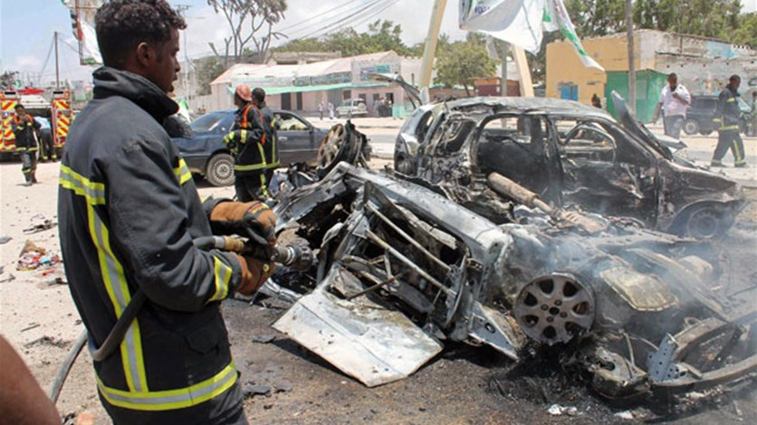 At least 10 killed by blast in Somali capital - police