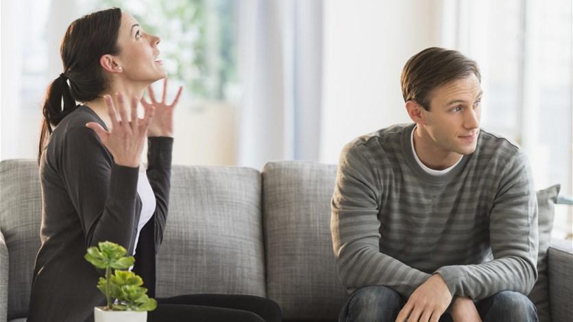 لماذا لا يعترف الرجال بأنهم على خطأ؟ حقيقة علمية تكشف السبب
