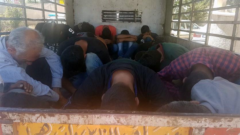 بالصورة - توقيف 34 سورياً  في شتورا...بعد مطاردة واطلاق نار