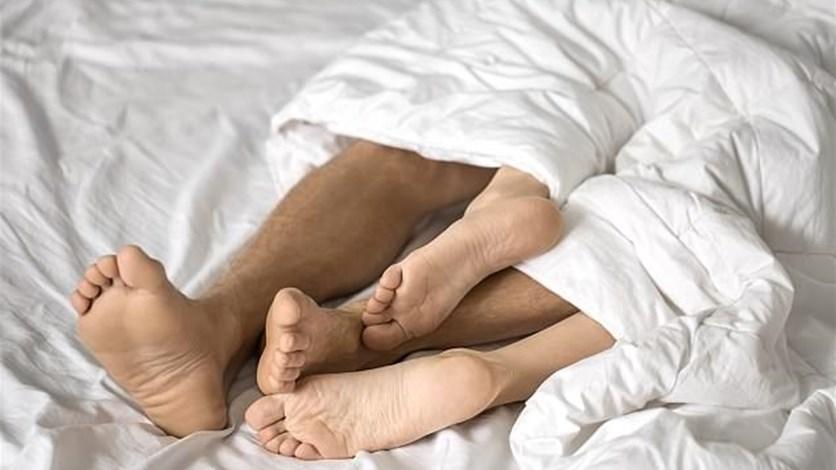 d0c6944b2 هل تفقد المرأة الرغبة في ممارسة الجنس بعد سنةٍ على علاقتها بالشريك؟ LBCI News  Lebanon