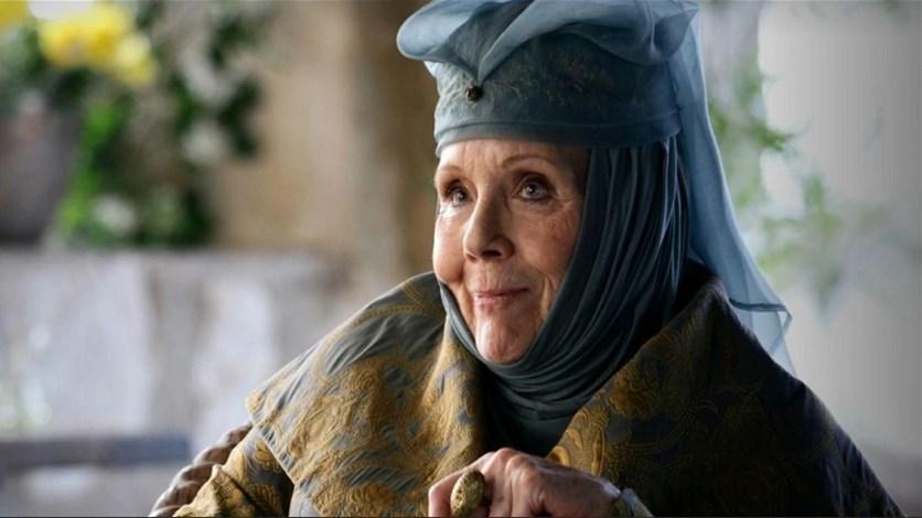 """وفاة بطلة """"صراع العروش"""" ديانا ريج عن عمر 82 عاماً"""