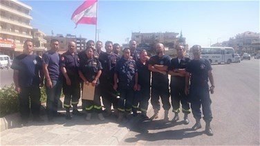 Civil Defense volunteers hold protest in Baalbek