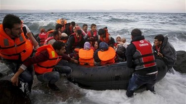 REPORT: Rescued migrants and five bodies arrive in Sicily