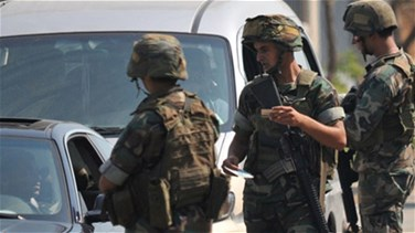 Lebanese soldiers open fire at man refusing to stop at Arsal...