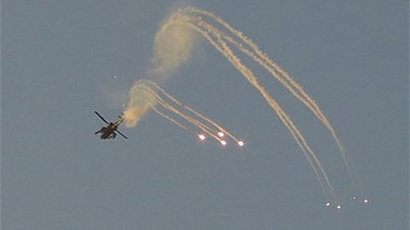 Israeli aircraft strikes Gaza after militants fire rocket