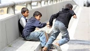 Eight child beggars arrested in Tripoli
