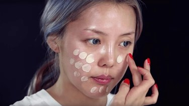 Watch This Korean Beauty Blogger Transform Herself Into Taylor...