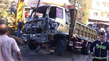 [PHOTOS] Pick-up truck collides with 8 cars in Akkar