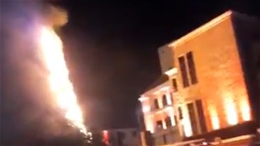 [PHOTOS, VIDEO] Jbeil Christmas tree catches fire