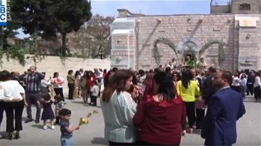 Popular Videos - Israel bans Gaza Christians from going to Jerusalem to celebrate Easter