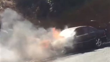 Car catches fire on Jounieh highway-[VIDEO]