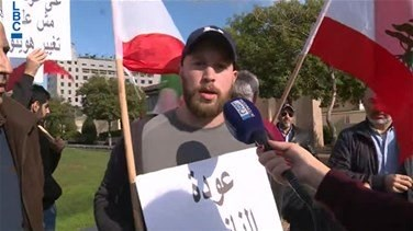 Popular Videos - Protesters hold sit-in outside ESCWA, demand return of Syrian refugees-[VIDEO]