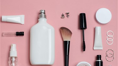 Mother's beauty products might impact girls' weight gain