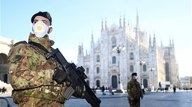 Protective masks at Rome's tourist sites as coronavirus fears reach Eternal City