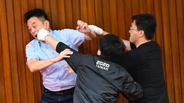 Fighting again in Taiwan parliament over disputed nomination-[VIDEOS]
