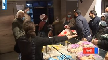 Popular Videos - People rush to buy bread in Beqaa